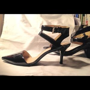 Nine West Sz7 Black Patent Leather AnkleStrap Shoe